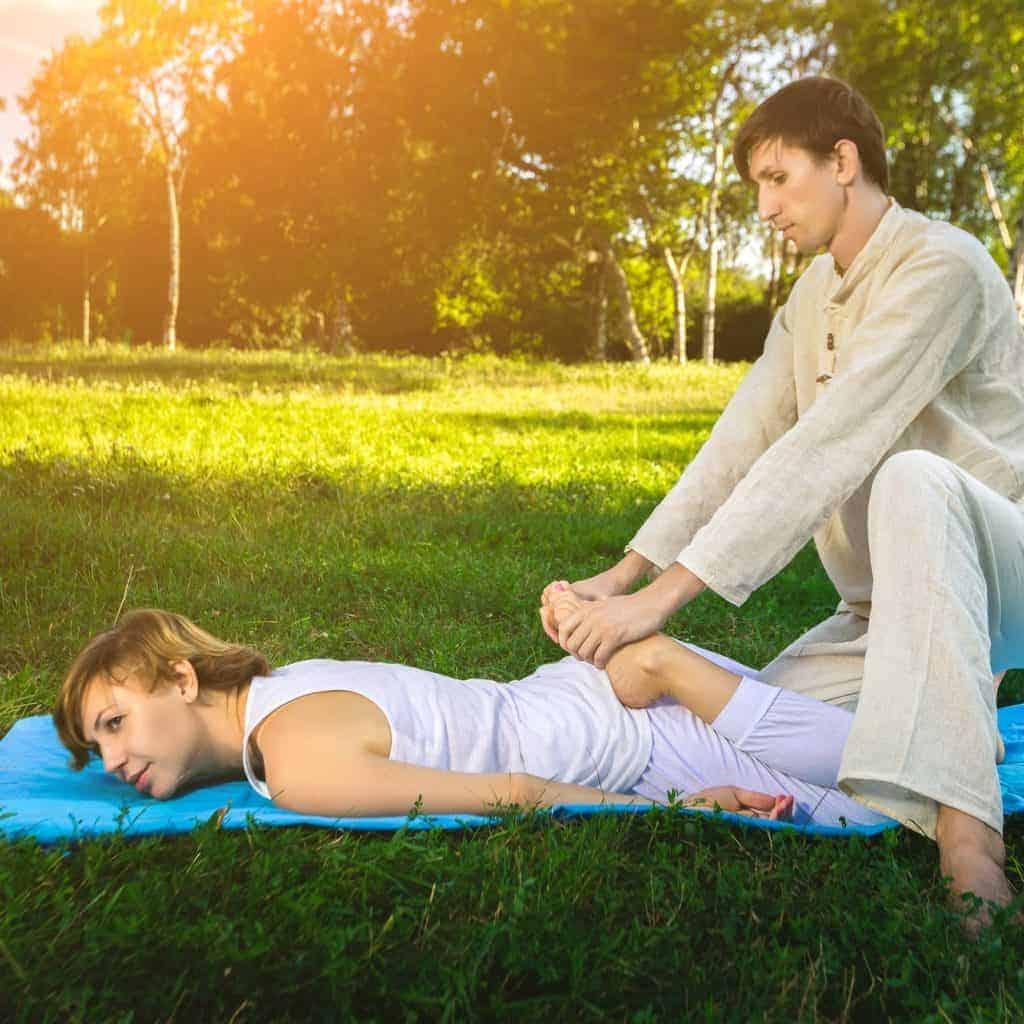 Thai massage mit yoga